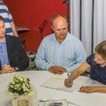 Assinatura da parceria com o Diretor da Escola São Mateus.